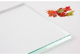 Extra-white laminated safety glass 4.4.2